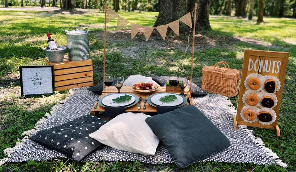 Everything You Need to Know to Plan a Romantic Orlando Picnic for Two